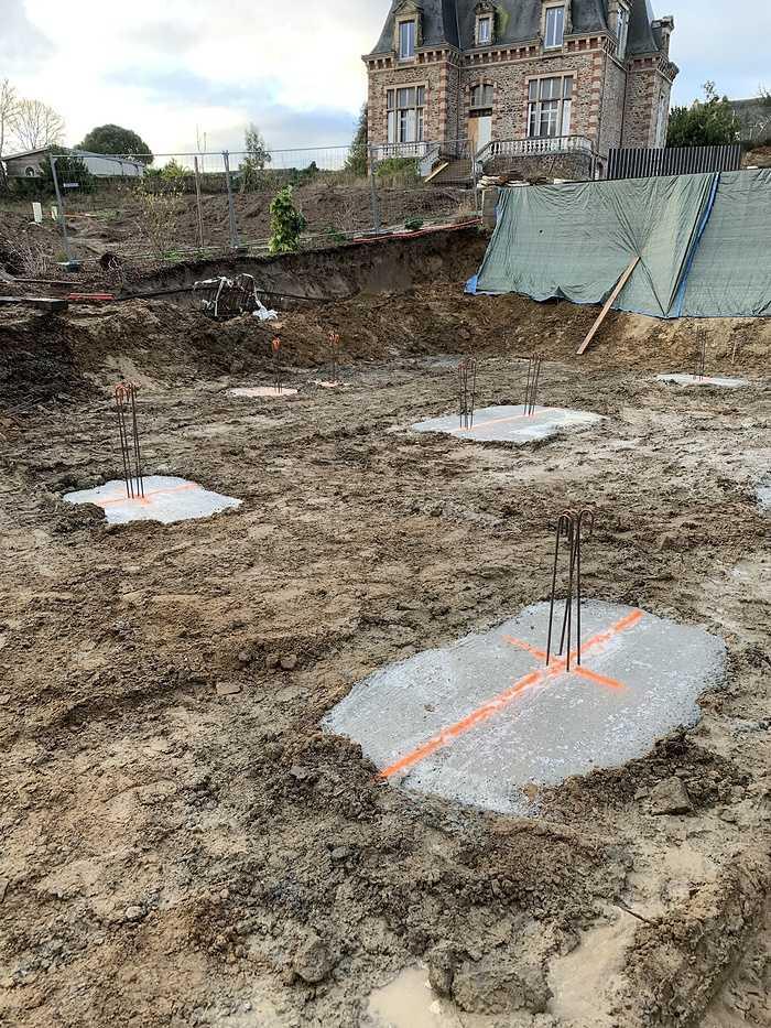 Fondations et béton banché - construction maison Pléneuf Val André casquemassif