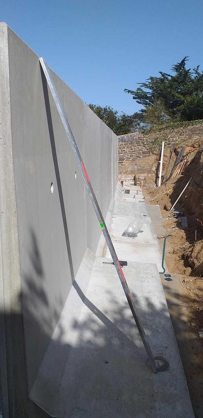 Élément en L - construction mur de soutènement- Val André 5