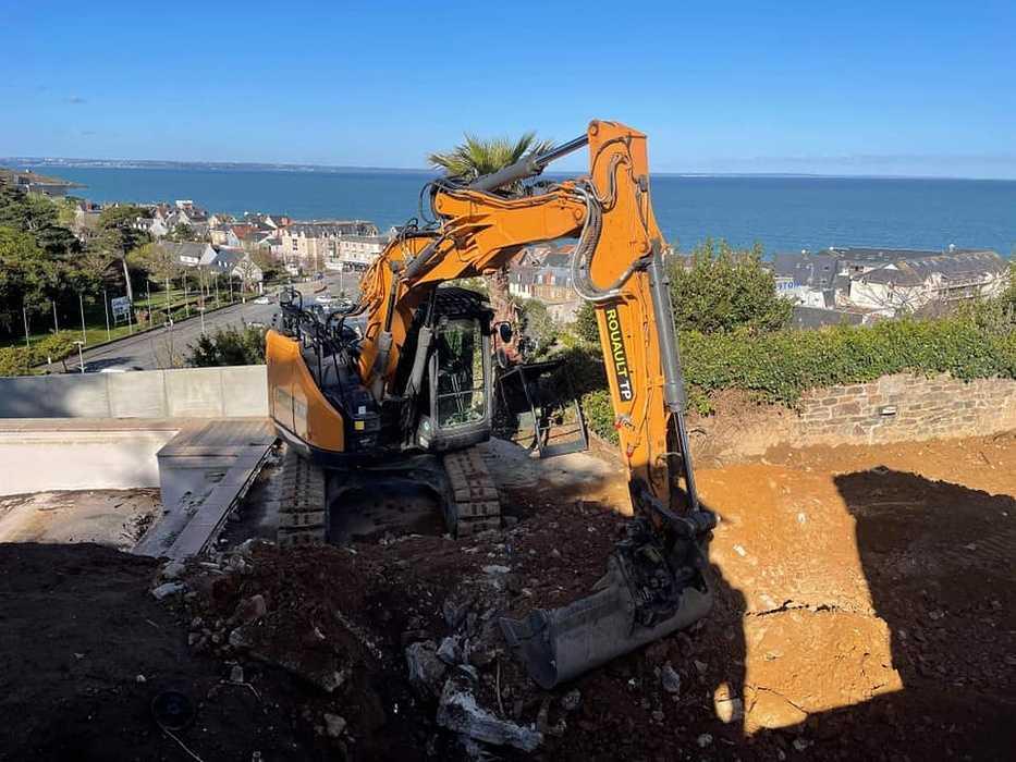 Terrassement et remblaiement matériaux drainant - mur de soutènement préfabriqué - Pléneuf 17320850852679175099490917340274845730410284n