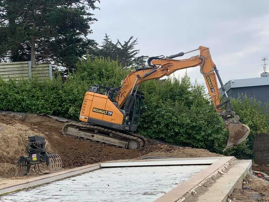 Terrassement et remblaiement matériaux drainant - mur de soutènement préfabriqué - Pléneuf 17366349752679175499490875414968484598198798n